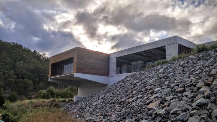 Hinze Dam Visitor Centre 1